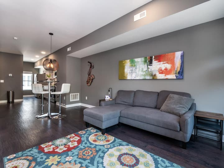 Brand New Luxury Condo Minutes from First Energy Stadium-A2