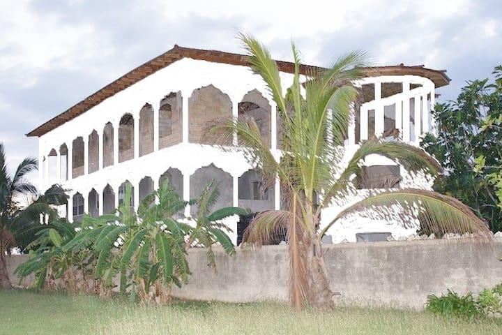 A Promise Kept Gueshouse - Negril - Rumah Tamu