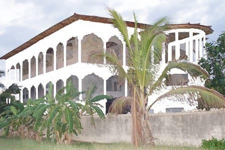 A Promise Kept Gueshouse - Negril - Gästehaus