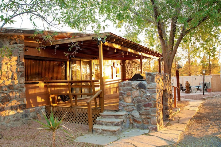 Death Valley Rustic Lodge 3bd2ba Family Home Pool
