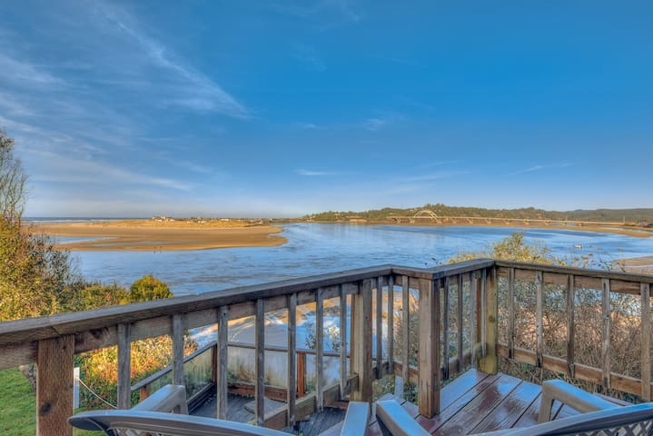 Above All - Pet-Friendly Waldport Home on Bluff Overlooking the Bay with Ocean vViews