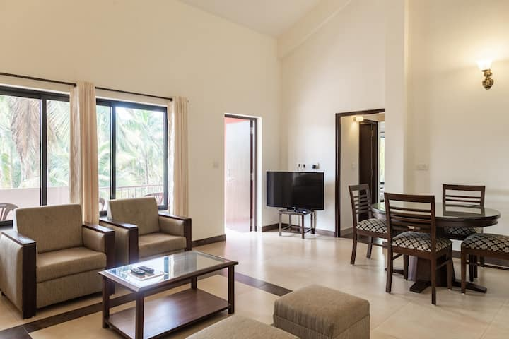 ParkWalfredoGoa. Beachside 3 bedroom apartment.
