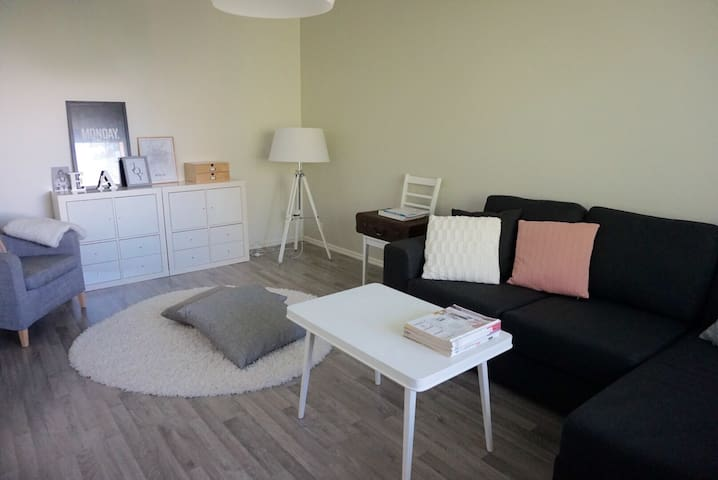 Modern 1br (52m2) apt close to city - Oulu - Wohnung