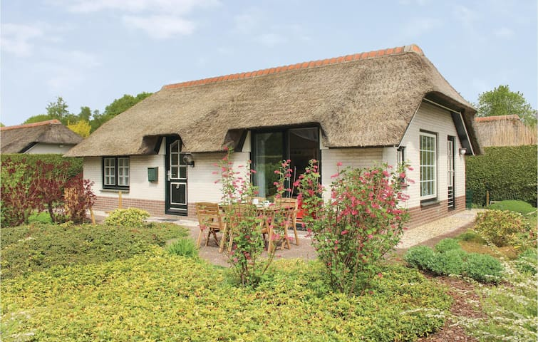 Beautiful home in Ermelo with WiFi and 2 Bedrooms