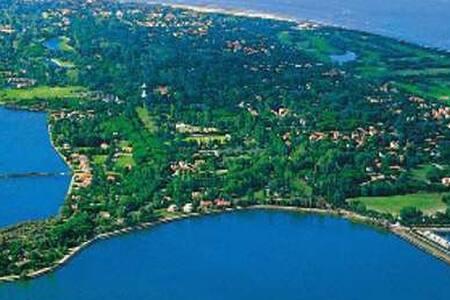 Albarella - Casa con giardino nel cuore dell'Isola - Isola Albarella - House
