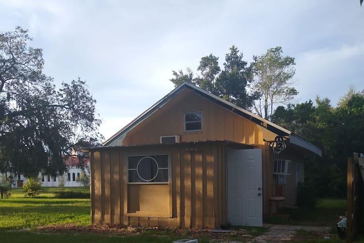 Beautiful loft on 5acres in New Port Richey FL