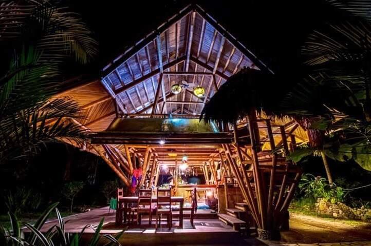 Casa Tonka, Playa Sombrero
