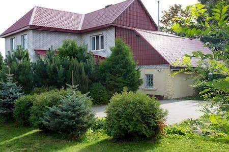 Usadba Uzgorie-VIP near Minsk