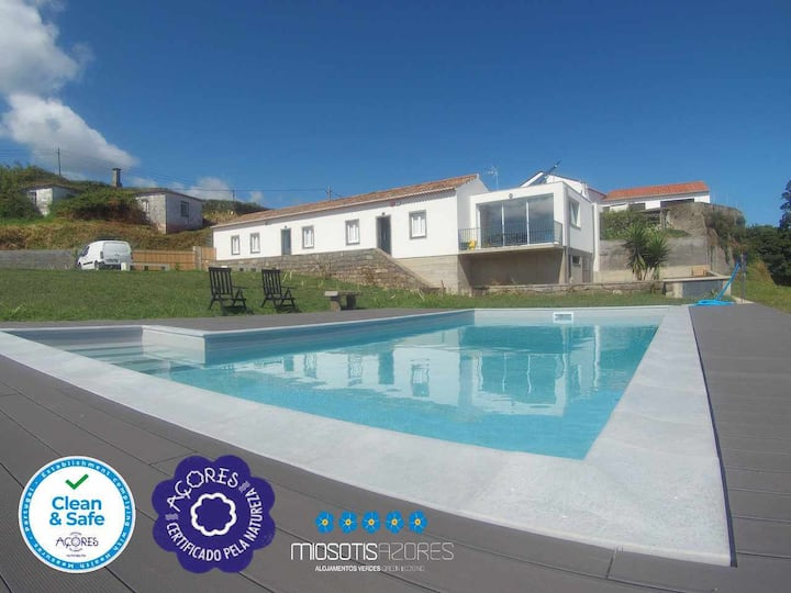 Oven's Houses (The House) - House for couple with pool and magnificent view