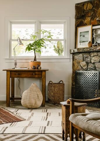 Living Room fireplace for cozy nights
