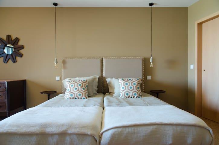 Guest house Eça Agora - suite A CAPITAL 32m²