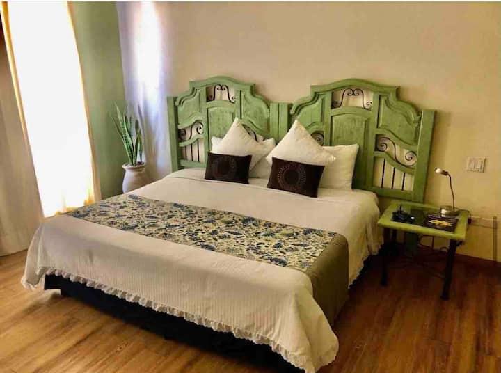 Standard con cama king size