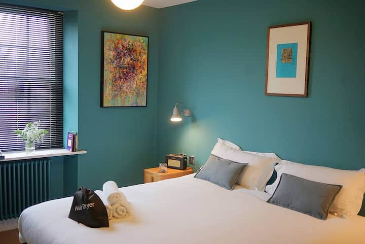 The Alma Taverns Boutique Suites - Room 5 - Hopewell