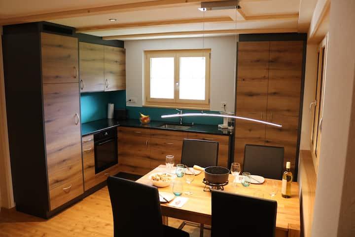 Neu erbaute Ferienwohnung, Lenk-dänk...
