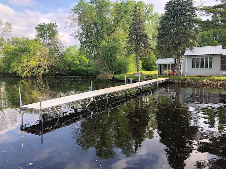 Private Lake House-close to Dells&Castle Rock Lake