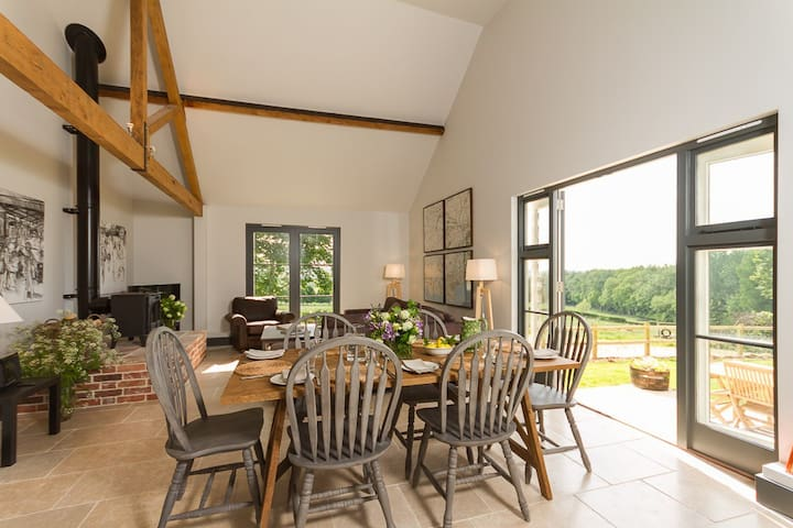 Wonderful views over Dorset countryside - Hanford - House