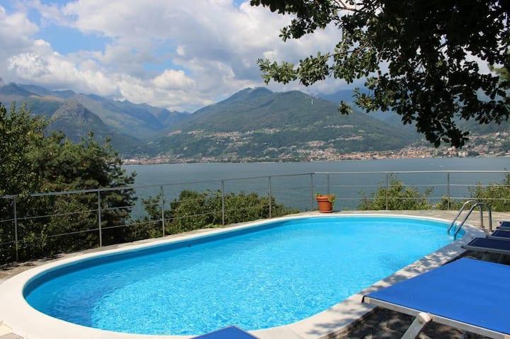 Villa Erica con piscina sul Lago di Como