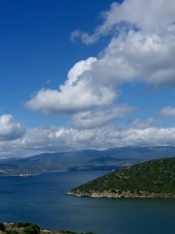 Amazing Sea View_ Deniz & Bulutlar