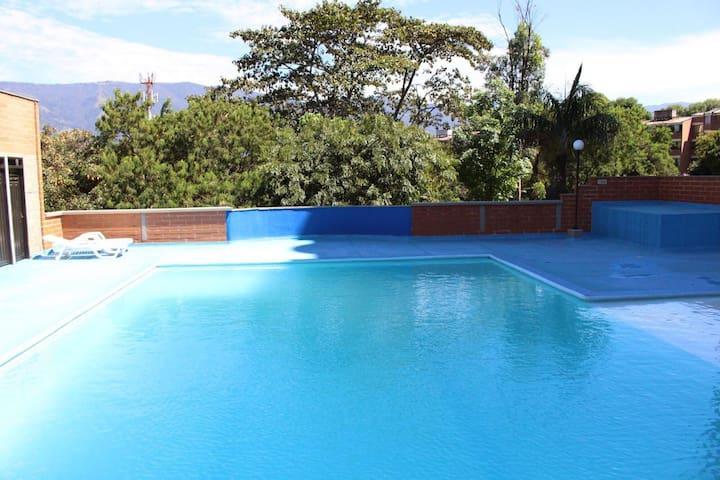 Alquiler de Comodo Apartamento en Belén Medellín - Medellín - Apartment