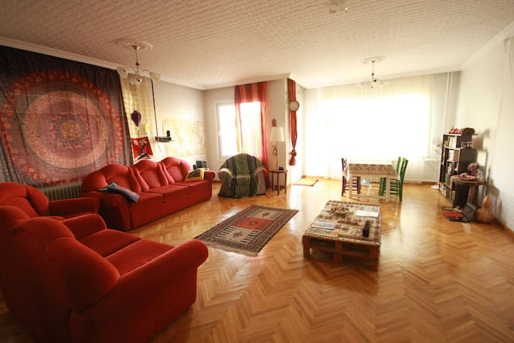 Very nicely located and spotless. - Gaziantep/ Şahinbey - Apartamento