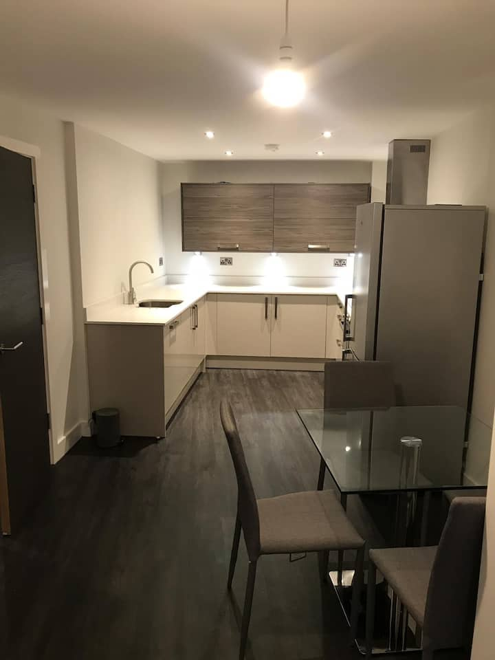 Huge 2 bedroom Luxury flat Leicester city centre