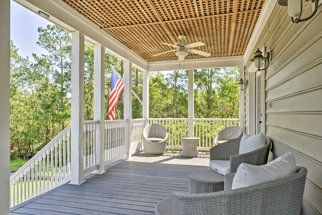 Enjoy your morning cup of coffee or sip a glass of wine after dinner on this spacious deck.