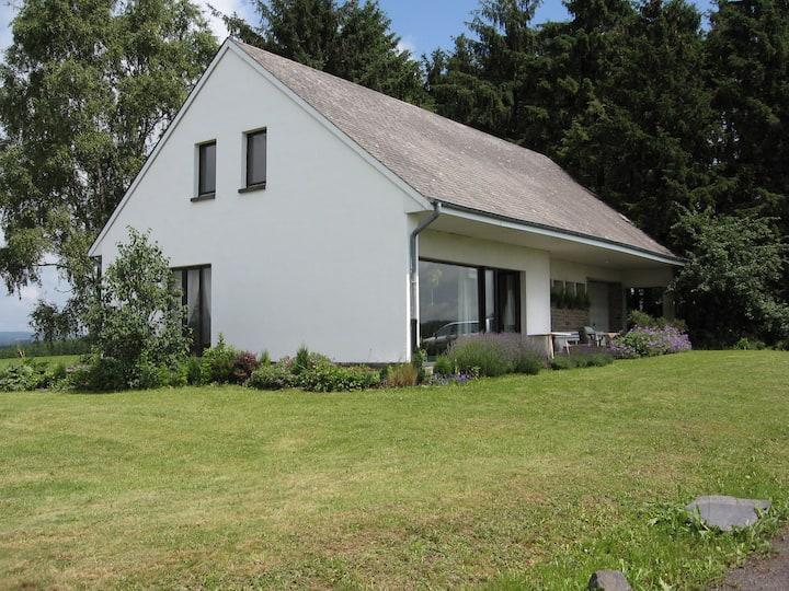 Engreux : Villa située en pleine nature