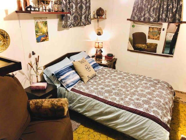 Villa Britton comfortable room in unique setting.