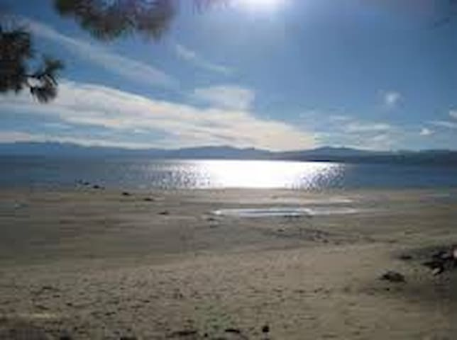 Lakefront  Lake Tahoe Kings Beach - Kings Beach - Condominium