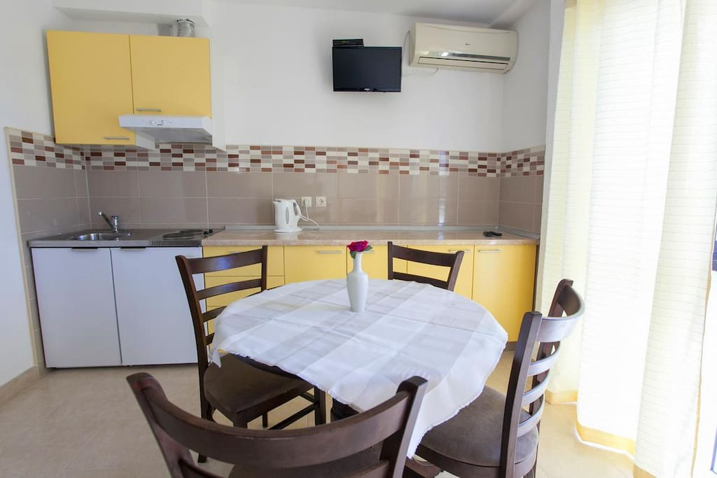 Dining room, Surface: 7 m²