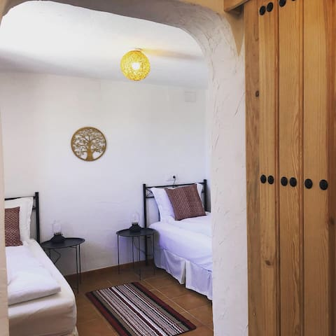 Casa Olivar: Double/twinroom with en-suite