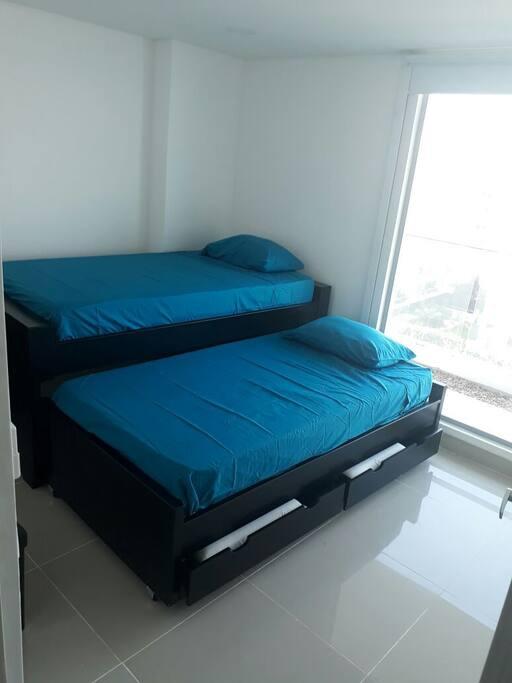 Cuarto secundario/Second room