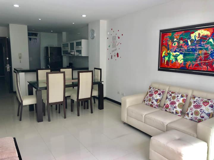 Luxury apartment in super location-El Ingenio 201