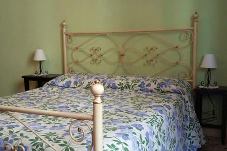 B&B Maria Montis - Bed & Breakfast