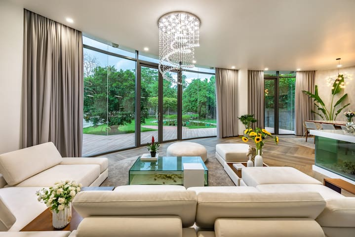 ✨Fabulous stay at Modern Chic Villa w. River View