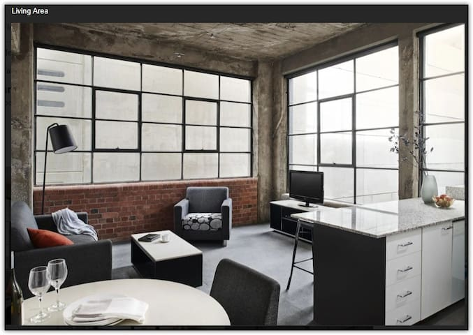 New York Central Living 1 Bedroom Opening Special