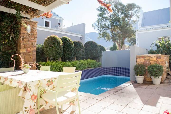 Fynbos Villa Franschhoek Centrally located, secure