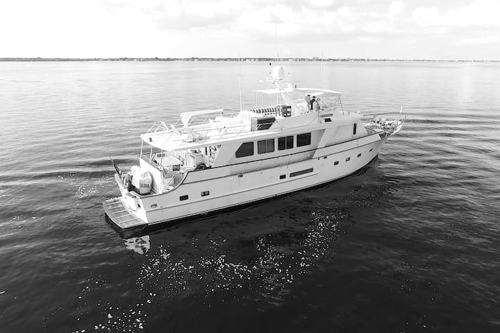 NSS Pattam 3 deck traditional motor yacht