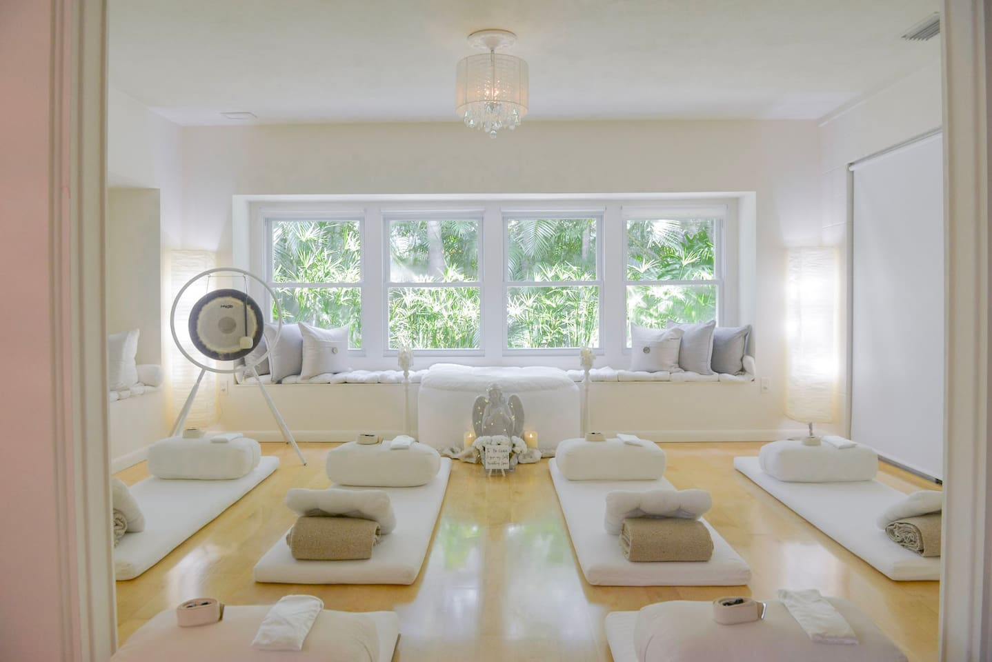 Schedule yoga and meditation in the Yoga Therapy Space over-looking the nature altar. Wring out tired muscles on your personal Rejuvenation Station, equipped with lavender eye rests, pillows, blankets, yoga belts, and leg bolsters.