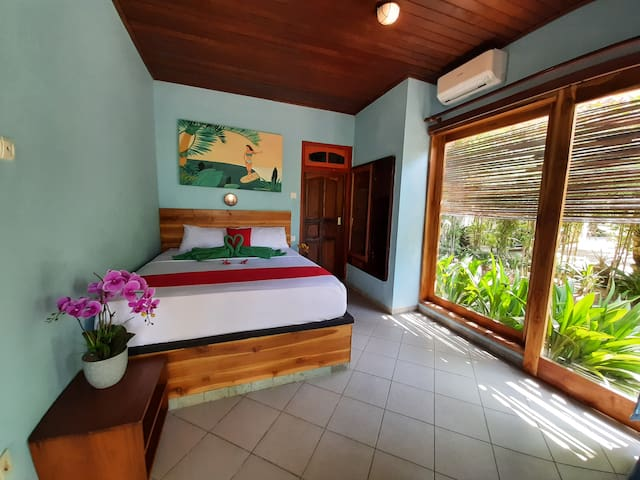 Medewi Drop Villa - Queensize