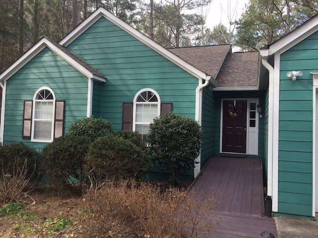 Spacious Rancher on Lake Allatoona - Acworth - Casa