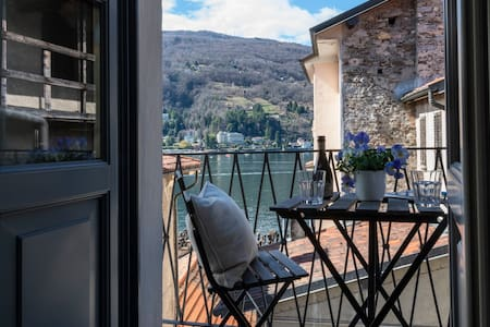Isola Bella Apartments, Via Posta