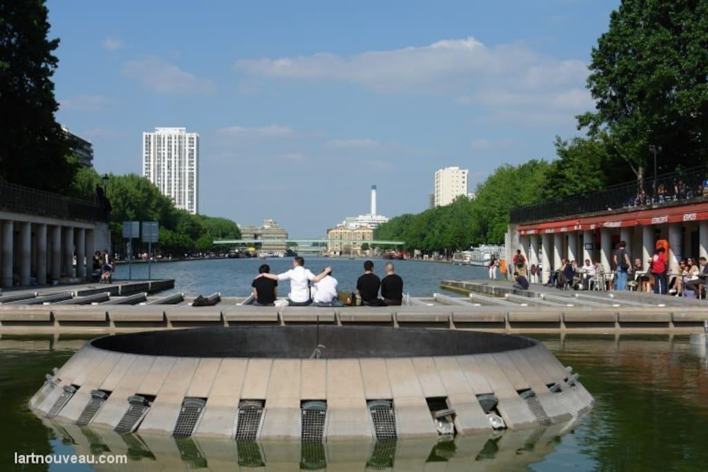 Le Canal St Martin - Vue de la Rotonde - 1 min à pied
