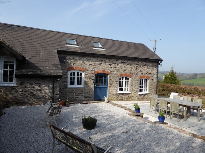 The Piggery - Luxury Exmoor Stone Farm Cottage