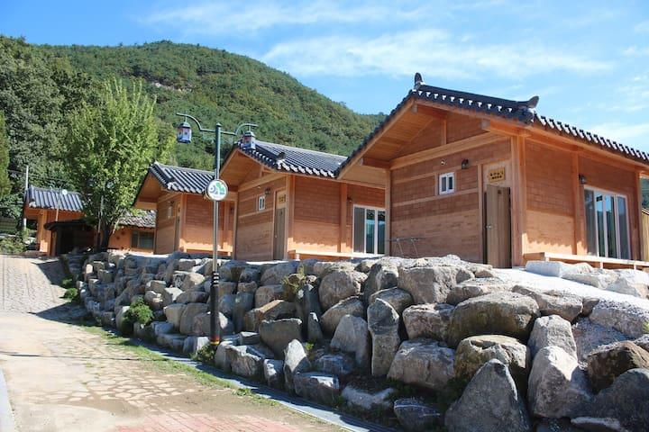 a - Seoha-myeon, Hamyang - Pension (Korea)