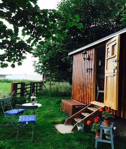 Idyllic Northumberland Shepherds Hut and Owl Trust - Longhorsley