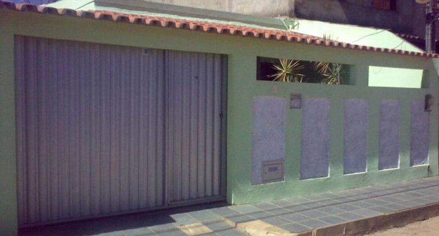 Casa Temporada Mobiliada c/ Ar Cond. - 800m Praia - Ilhéus - 獨棟