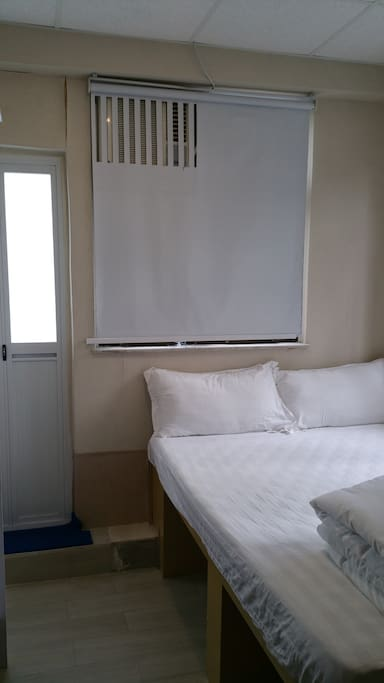 Bedroom (double bed, width 54 inches or 140 cms, with 6 inch thick Seahorse Brand Mattress!  Room with balcony, superb view!