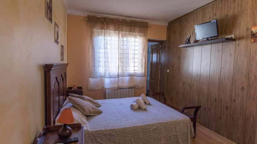 Beautiful guesthouse in La Estación w/ 1 Bedrooms, Outdoor swimming pool and WiFi