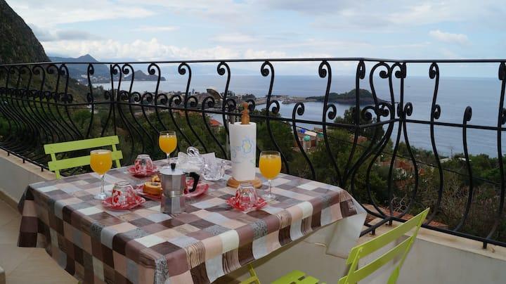 Niveau de villa moderne avec vue sur mer à JIJEL
